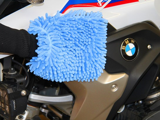 Nippy Normans 3-way drying/cleaning/polishing glove