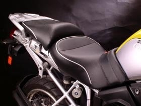 A Sargent front and rear seat - standard height  (BLACK PIPING) -R1200GS/Adventure (to 2013)