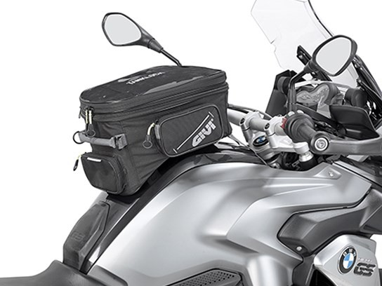 GiVi Lockable expandable Adventure bag (needs tank filler ring to fit)