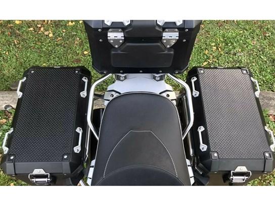 Nippy Normans rubber pannier mat kit (2 pieces) R1200Adventure LC, R1250 Adventure, F850 Adventure
